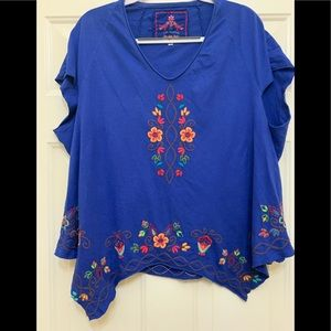 Johnny Was Oversized Boho T-shirt embroidered XS